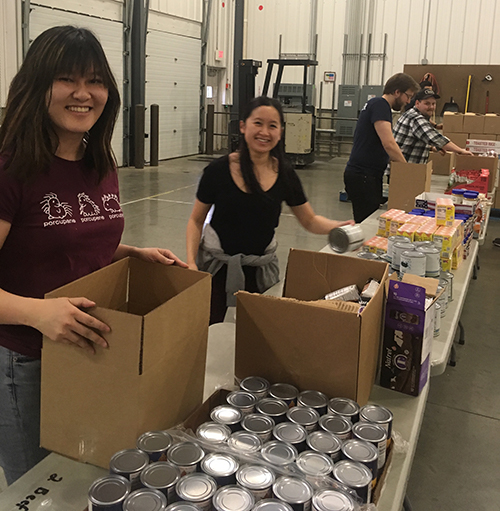 Student Volunteers at Kalamazoo Loaves and Fishes